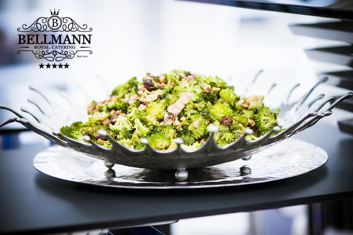 Salat Brocolli - russischer Hochzeitsbuffet